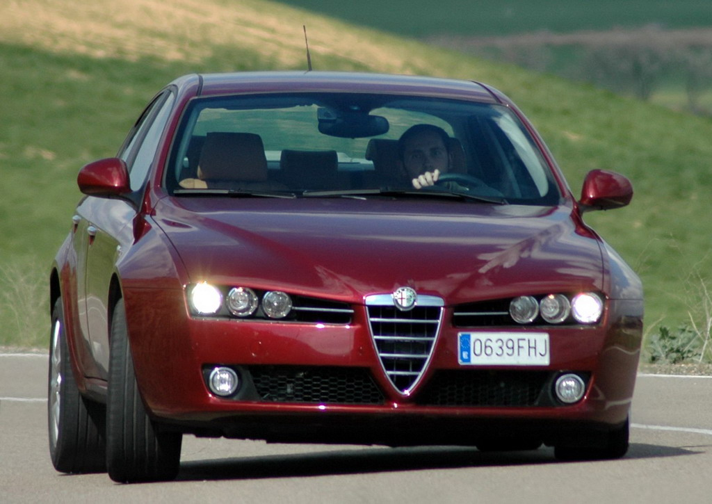 fotos del alfa romeo 159 1 9 jtdm 150 cv. Black Bedroom Furniture Sets. Home Design Ideas
