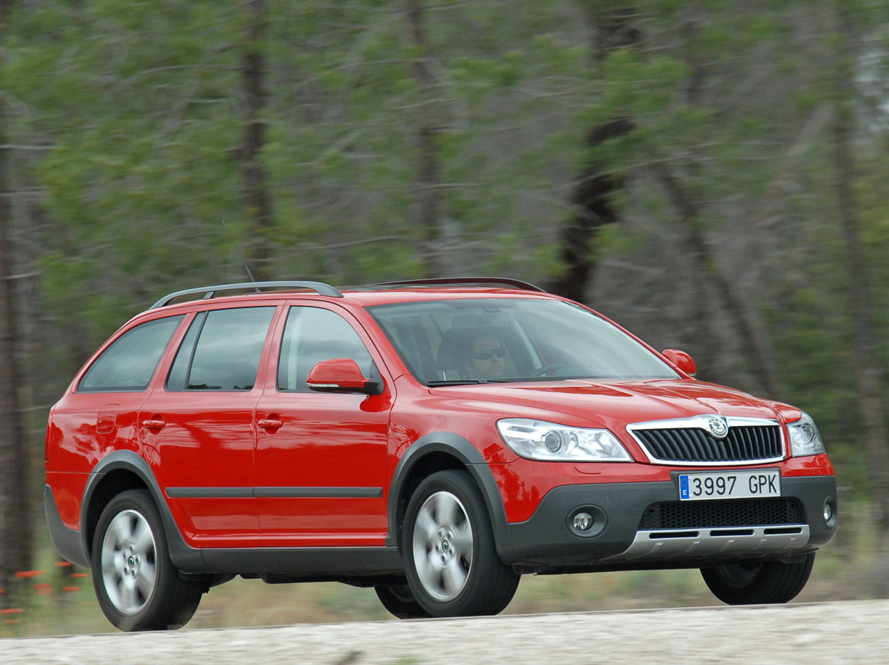 fotos del skoda scout 2 0 tdi 140 cv dpf 4x4. Black Bedroom Furniture Sets. Home Design Ideas